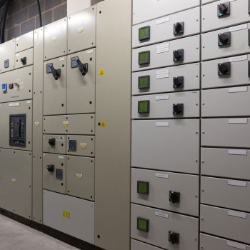 electrical servers